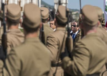 BUDAPEST, HUNGARY - JUNE 05 :   Hungarian Prime Minister Viktor Orban (L) and Egyptian President Abdel Fattah el-Sisi (R) review the honor guard in Budapest, Hungary on June 05, 2015. (Photo by Hungary Prime Minister's Press office/Anadolu Agency/Getty Images)